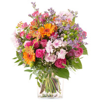 Bouquet of orange and fuchsia seasonal flowers